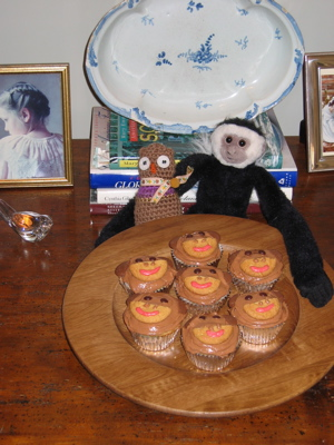 Monkey_cupcakes